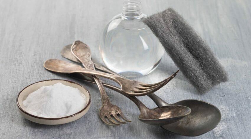 Sauberes Silber dank Essig