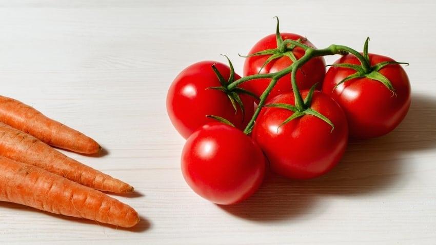 Karotten-und-Tomaten