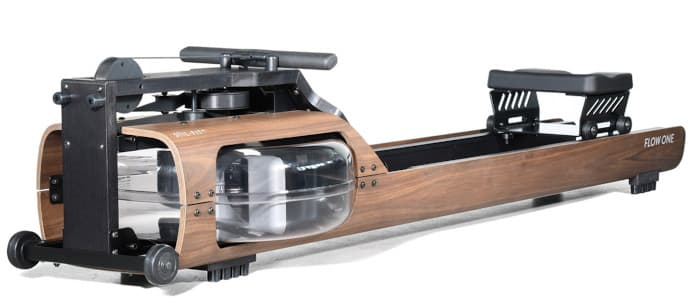 Rudergerät mit Holzverkleidung