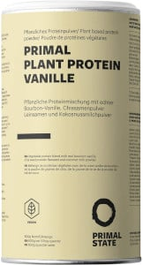 Dose mit Proteinpulver, heller Untergrund mit schwarzer Schrift